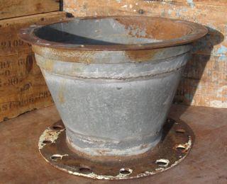 Vintage Galvanized STEEL GARDEN PLANTER Plant Flower Pot INDUSTRIAL