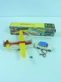 Vintage Original Dinky Toys 118 Tow Away Gilder Set Box