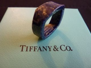 Tiffany Co Frank Gehry Torque Ring Lapis Lazuli with Gold Grains Band
