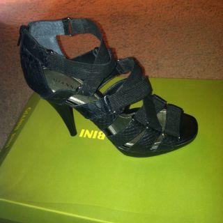 Gianni Bini Black Leather Heels Shoes Size 7 5