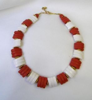 Vtg 1960s Brick Red & White Losenge Disc Necklace Very Chic