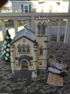 Department 56 Snow Village Cathedral Lighted Church 50199 ExCond