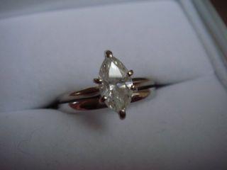 09 Marquise White Gold Diamond Ring