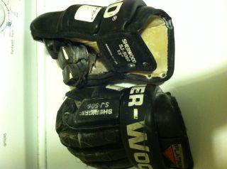 Sherwood SJ5060 13 Ice Roller Hockey Gloves