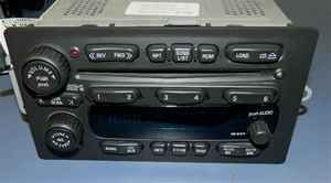 03 04 05 06 Chevy GMC 6 Disc CD Player Radio UC6 OE LKQ