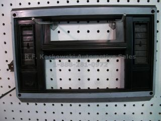 Chevy S10 GMC S15 Pickup Truck Blazer Jimmy Interior Dash Radio Bezel