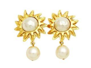 vintage Chanel earrings gold sun white pearl dangle jewelry COCO ea802