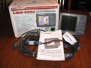 Lowrance LMS 332C GPS Receiver Depth Fish Finder MN Lakemaster SD Card