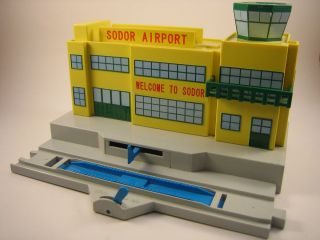 The Train Sodor Airport W Harold Tomy Trackmaster Thomas And Friends