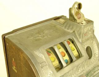1929 Mills Novelty 5c Poinsettia Antique Slot Machine All Original