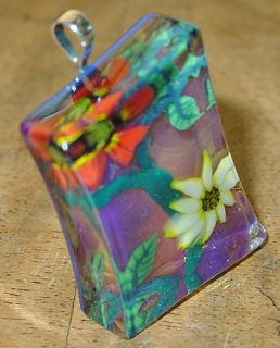 Signed Kevin OGrady Red Floral Glass Pendant