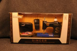 Homeplay Singer Original Chainstitch Sewing Machine
