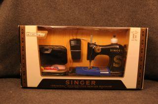Homeplay Singer Original Chainstitch Sewing Machine