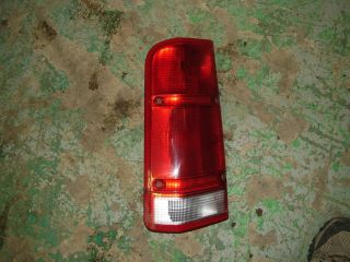 OEM Land Rover Discovery 2 Left Rear Tail Light 99 00 01 02 Red Driver