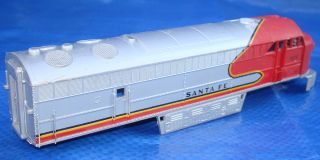 AHM HO Scale Santa FE 5028 C Liner Diesel Electric Railway Locomotive