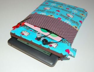 Hello Kitty Nook Color Kindle Zippered Case Cover
