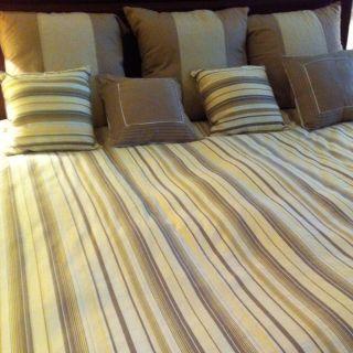Nautica Haverhill Collection King Bedding 8 Piece Set Duvet Pillows