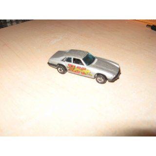 1977 Jaguar XJS Hot Wheels Diecast Toy Car Everything