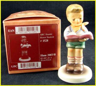 Goebel Hummel Figurine Honor Student 2087 B TMK 8