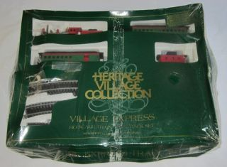 Dept 56 Bachmann Heritage Village Express HO Scale Train Set