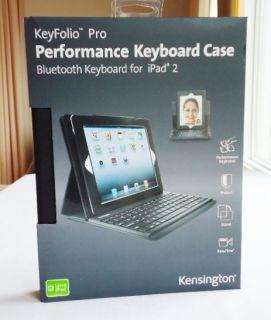 I47 New Kensington KeyFolio Pro Leather Folio Case w Bluetooth