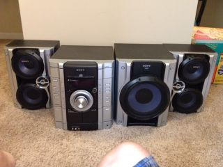 Sony Home Stereo System With Subwoofer And 3 Disc CD Changer