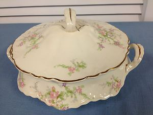 Homer Laughlin Floral Rose Covered Soup Vegetable Serving Bowl Tureen
