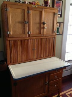 Antique Hoosier Cabinets on Pinterest | 589 Pins