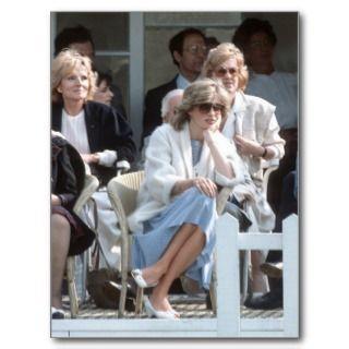No.202 Princess Diana   Windsor 1984 Post Card