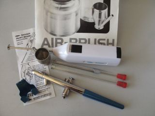 BADGER 150 AIR BRUSH M L F & Paint Mixer w/ Manual Bottles