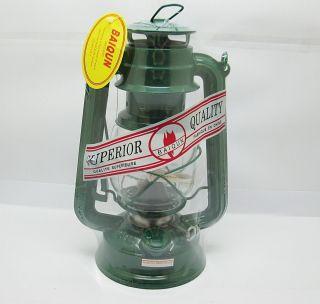 1x Camping Lantern Kerosene Hurricane Lamps Green