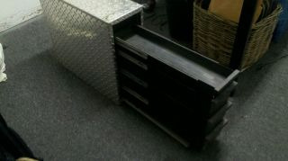 TRUCK TOOLBOX TOOL BOX ISNT INNERSIDE or CROSSOVER