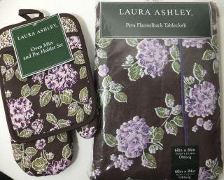 Laura Ashley Tablecloth Matching 2 pc Oven Mitt Set Purple Hydrangea