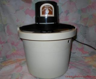 Vintage Sunbeam Electric Ice Cream Maker Mixer Freezer 4 Qt Almond