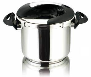 0LT 7 4qt 3 Ply Induction Ready Stainless Steel Pressure Cooker