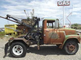 Vintage 1959 International Tow Truck