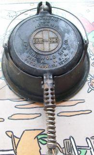 ANTIQUE VINTAGE CAST IRON COOKWARE GRISWOLD WAFFLE MAKER 88 JULY 1922