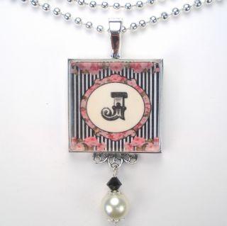Initial Letter J Monogram Vtg Charm Pendant Necklace