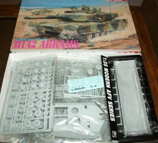 DML 1 35 M1A2 Abrams Tank Plastic Model Kit