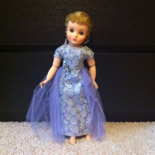 Vintage Madame Alexander Elise Doll With Beautiful Gown Rhinestone