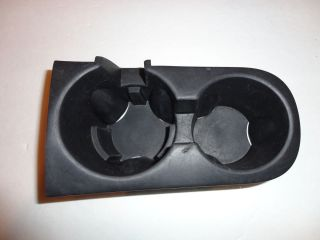 JEEP LIBERTY CUP HOLDER INSERT RUBBER 05 06 07 5142484AC CENTER