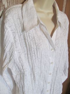 JM COLLECTION WOMENS PLUS SHIRT WHITE SEQUIN FLORAL ACCORDION TOP SIZE