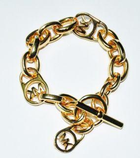 Brand New Michael Kors Gold Tone Logo Link Toggle Bracelet Must Buy