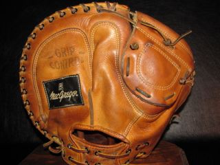 1960s John Edwards MacGregor SG0575 Catchers Mitt Vintage Baseball Glove