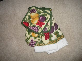 5pc Kitchen Fruit Apple Pears Plum Cheeries Pot Holder Towels Set