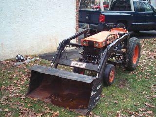 Kubota B6000 Tractor Front End Loader