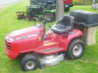 Honda 4514 Lawn Tractor