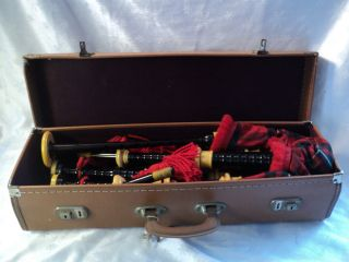Lawrie Red Green Plaid Bagpipes w Carrying Case Keys Accessories Vtg