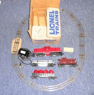 LIONEL TRAIN SET LEHIGH VALLEY 627 ENGINE 3 CARS TRANSFORMER TRACK BOX