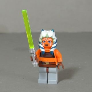 Lego Minifigures Star Wars Ahsoka Figure